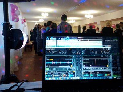 DJ Hamburg DJ für Hochzeit und Geburtstag
